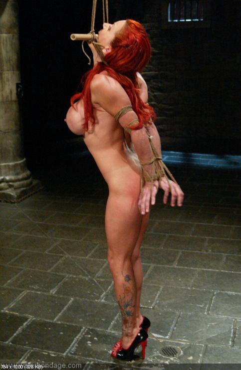 Veronica avluv stripping off