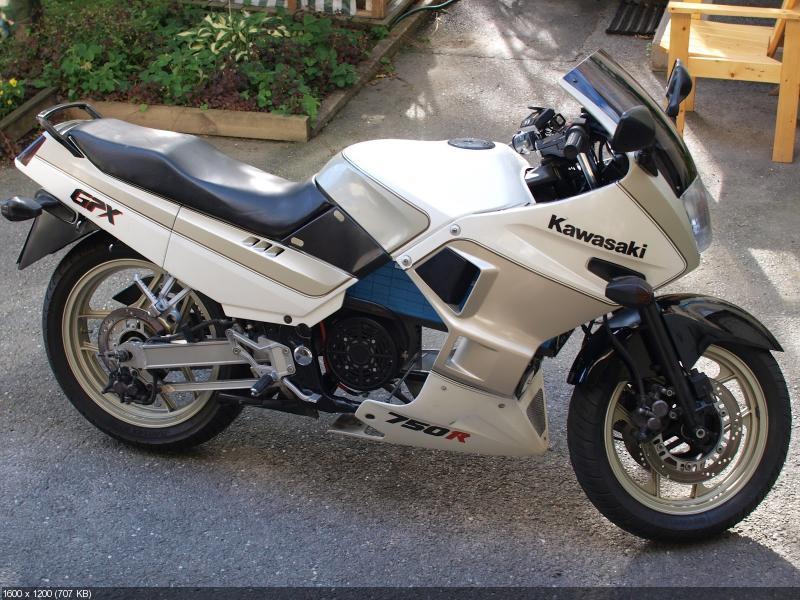 Электроцикл kWsaki на базе Kawasaki GPX750R